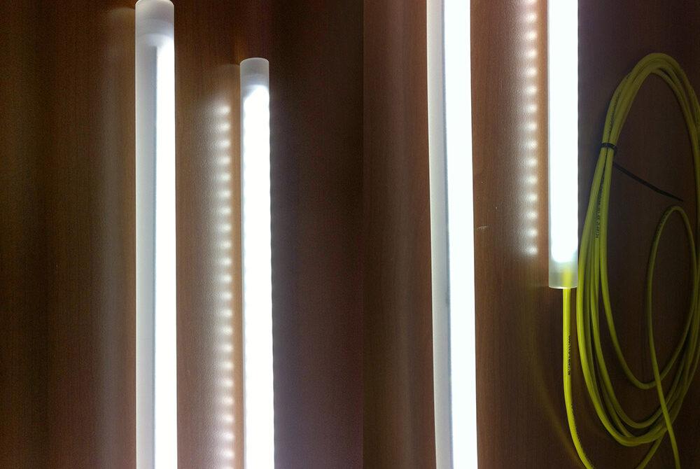 Polycaptil FCE - Électronique, optoélectronique, mécatronique - Produits techniques à base de Leds et de fibres optiques - tubes à leds opalescents
