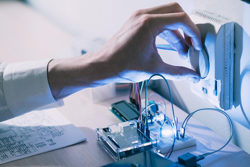 Polycaptil FCE - Électronique, optoélectronique, mécatronique - IOT objets connectés - bureau d'études